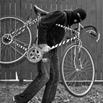 Thieves in transport: A side-by-side comparison of bike & car thieves