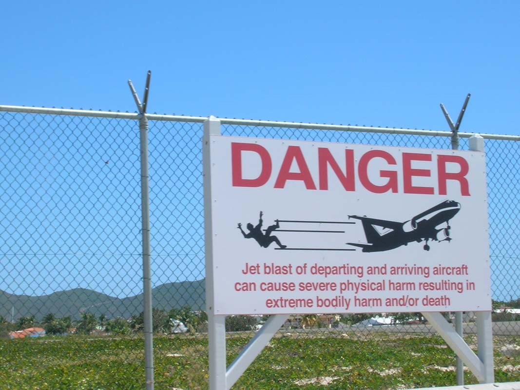 Danger, jet blast could injure