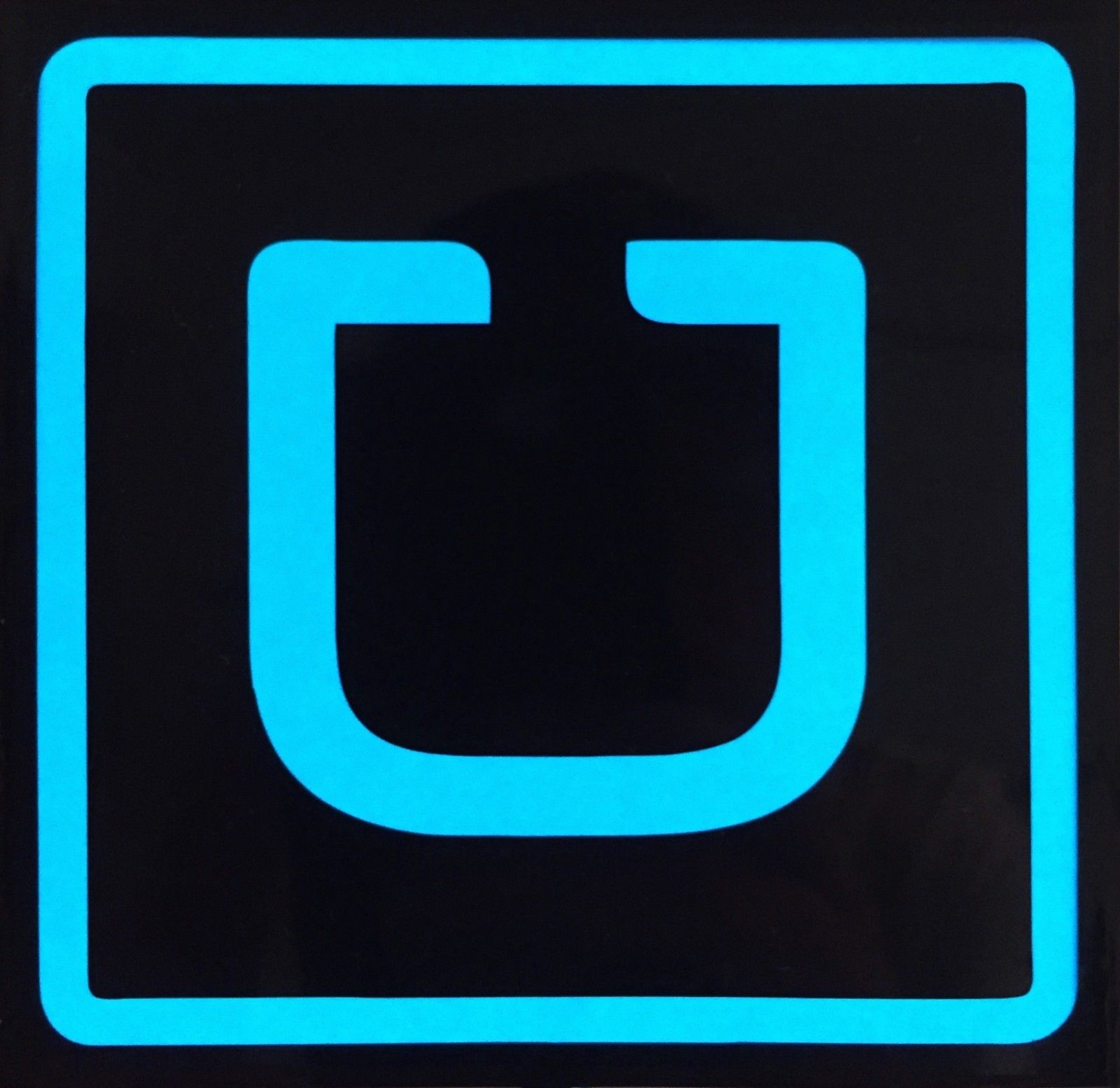 U K Experiencing A Black Market For Lighted Uber Signs